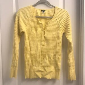 🌼 EUC Eddie Bauer Cable knit Sweater